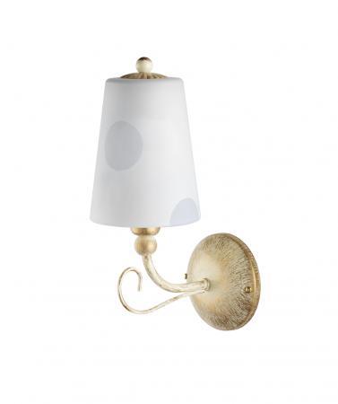 Esta 1-es fali lámpa